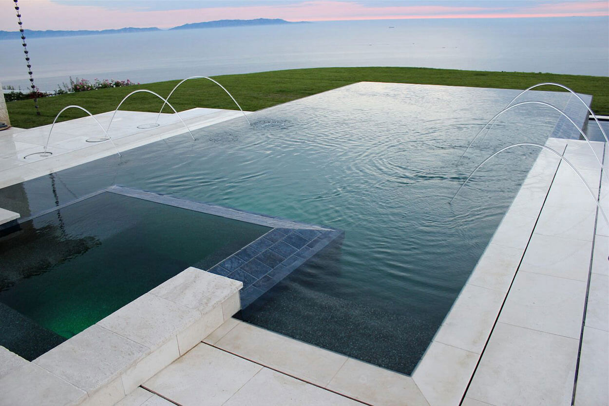 Types of pools southern california swimming pools for Pool edges design