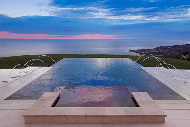 Image gallery infinity pool designs for Infinity swimming pools pictures
