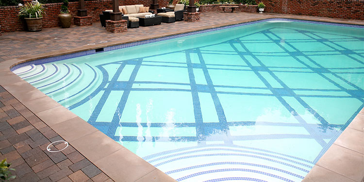 Before-Showcase Pool
