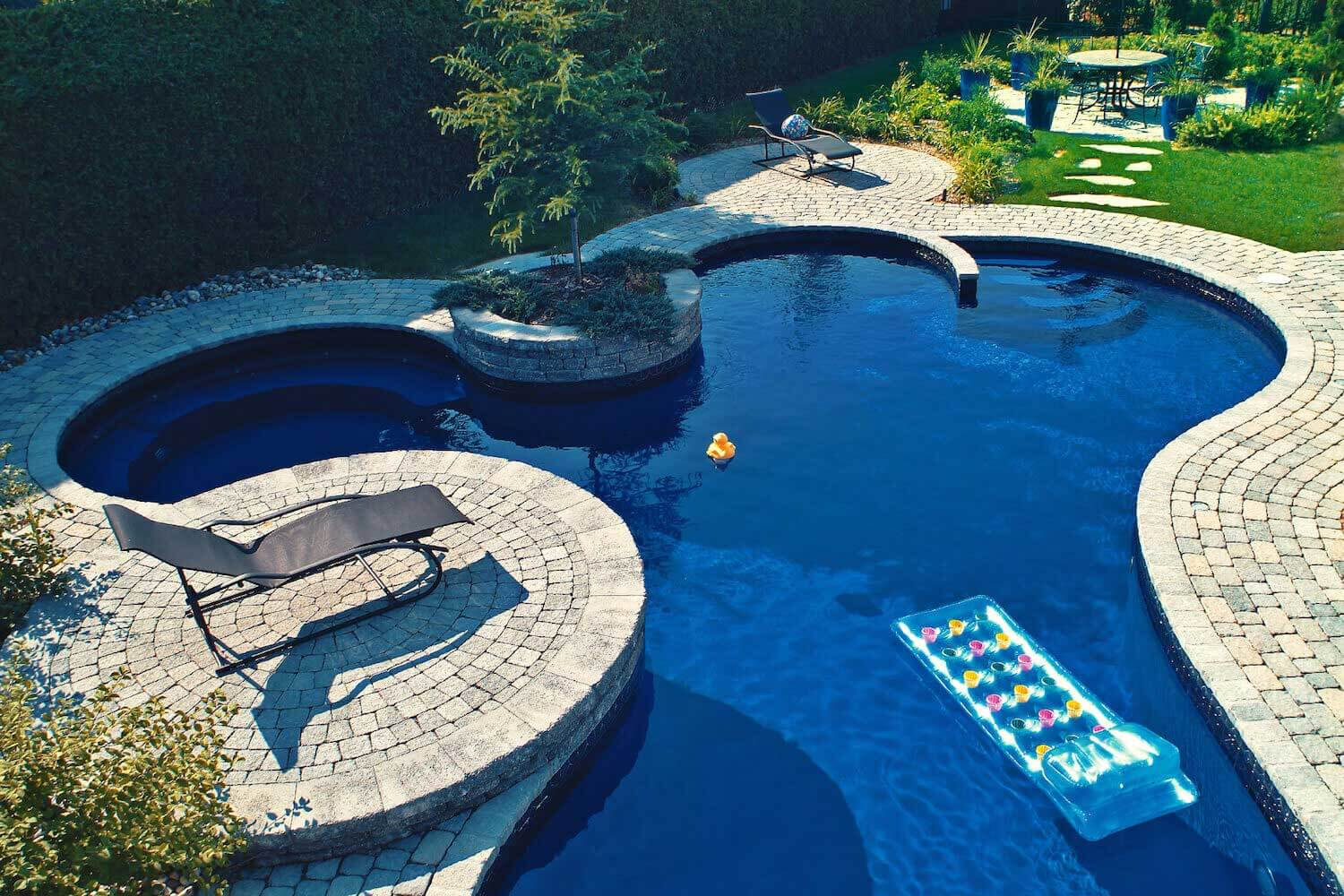 Gallery southern california swimming pools for Custom inground swimming pools