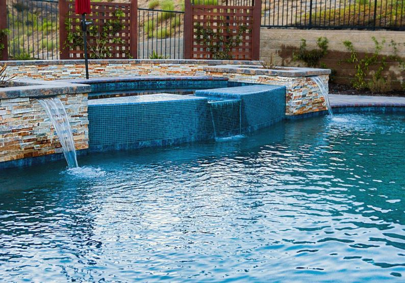 Design Options For A Swimming Pool And Spa Installation Southern California Swimming Pools